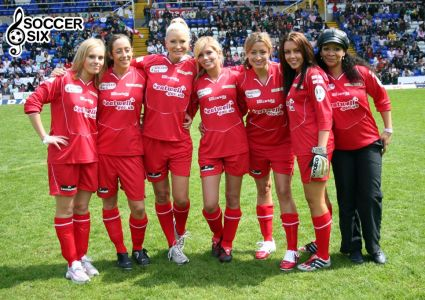 ENGLAND GIRLS RED TEAM