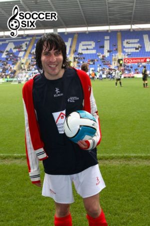 NOEL FIELDING WITH BALL